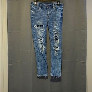 Size 4 American Eagle Ripped Jeans!